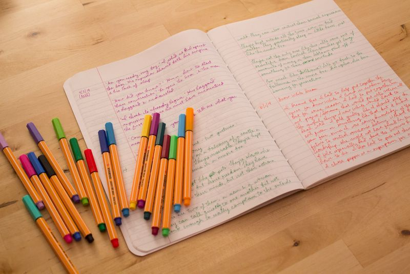 16-color-coded-writing